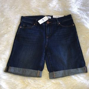 LOFT DENIM BERMUDA SHORTS SIZE 4/27
